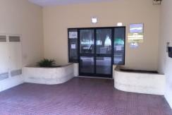 vendesi-ufficio-frosinone-corso-lazio-ingresso-principale-condominiale-lepinia-immobiliare