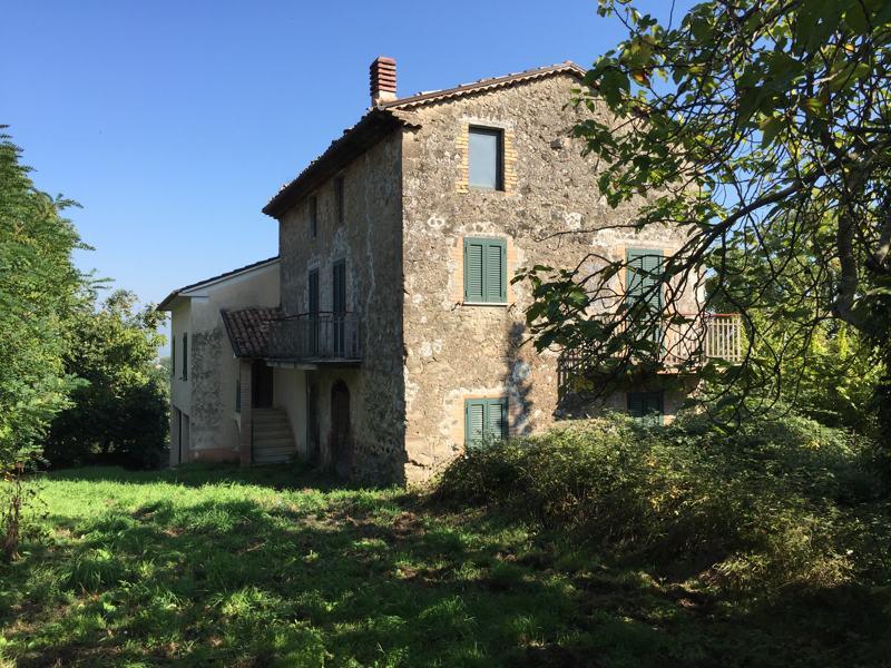 Supino Frosinone vendesi casale più abitazione.
