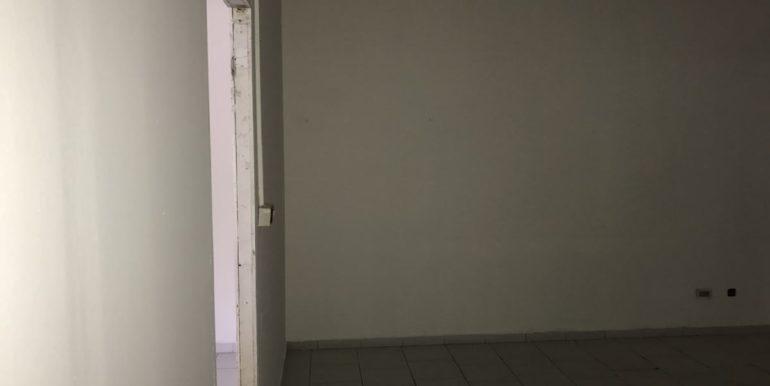 vendesi-cerco-locale-commerciale-frosinone-corso-lazio-lepinia-immobiliare-31