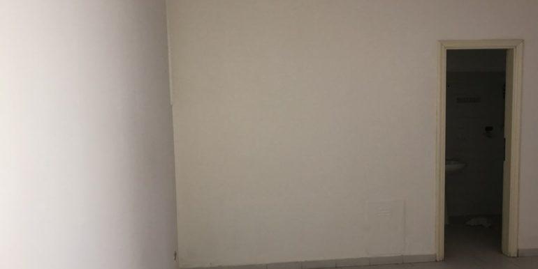 vendesi-cerco-locale-commerciale-frosinone-corso-lazio-lepinia-immobiliare-35