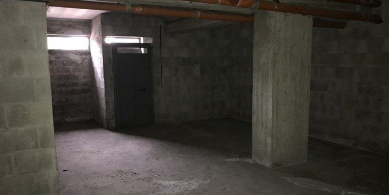 vendesi-deposito-magazzino-frosinone-corso-lazio-lepinia-immobiliare6