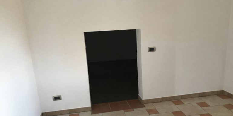 vendesi-frosinone-supino-casa-indipendente-lepinia-immobiliare-11