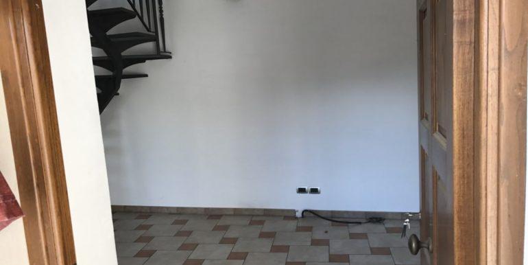 vendesi-frosinone-supino-casa-indipendente-lepinia-immobiliare-41