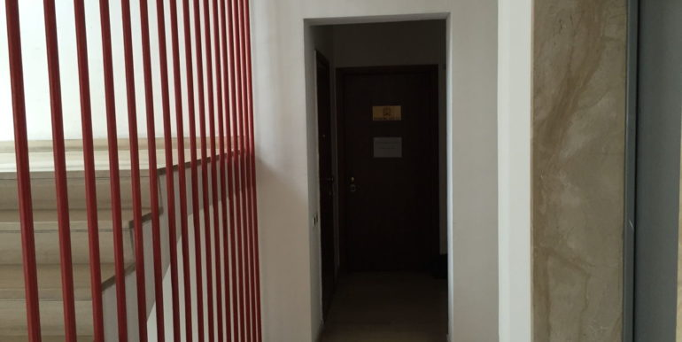 vendesi-ufficio-frosinone-corso-lazio-al-piano-lepinia-immobiliare