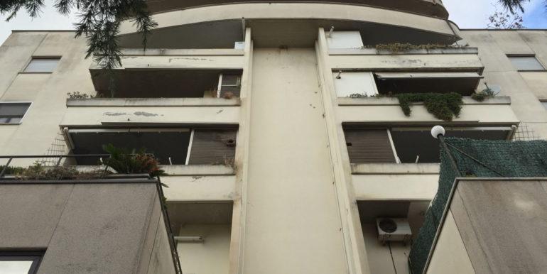 vendesi-ufficio-frosinone-corso-lazio-vista-esterna-del-palazzo-lepinia-immobiliare-4