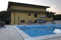 villa-con-piscina-vendesi-supino-frosinone-lepinia-immobiliare-4