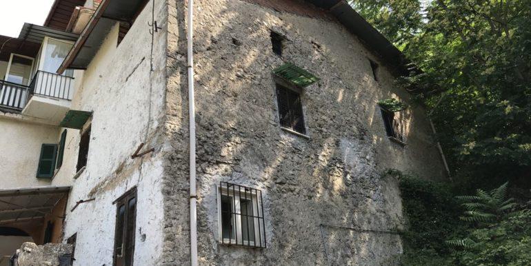 casa-indipendente-con-terreno-vendesi-supino-frosinone-lepinia-immobiliare-tel-0775226292-27