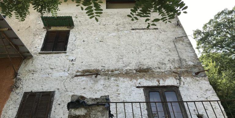 casa-indipendente-con-terreno-vendesi-supino-frosinone-lepinia-immobiliare-tel-0775226292-29
