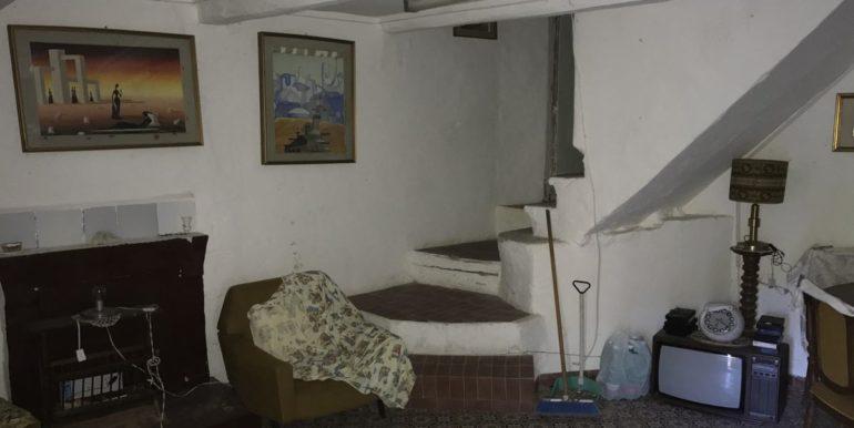 casa-indipendente-con-terreno-vendesi-supino-frosinone-lepinia-immobiliare-tel-0775226292-37