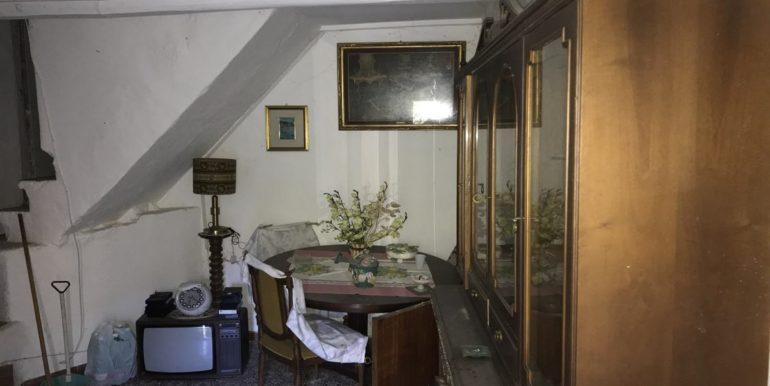 casa-indipendente-con-terreno-vendesi-supino-frosinone-lepinia-immobiliare-tel-0775226292-38