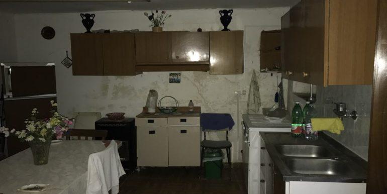 casa-indipendente-con-terreno-vendesi-supino-frosinone-lepinia-immobiliare-tel-0775226292-7