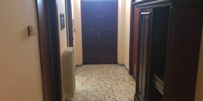 affittasi-stanze-uso-ufficio-via-morolense-supino-frosinone-lepinia-immobiliare-12