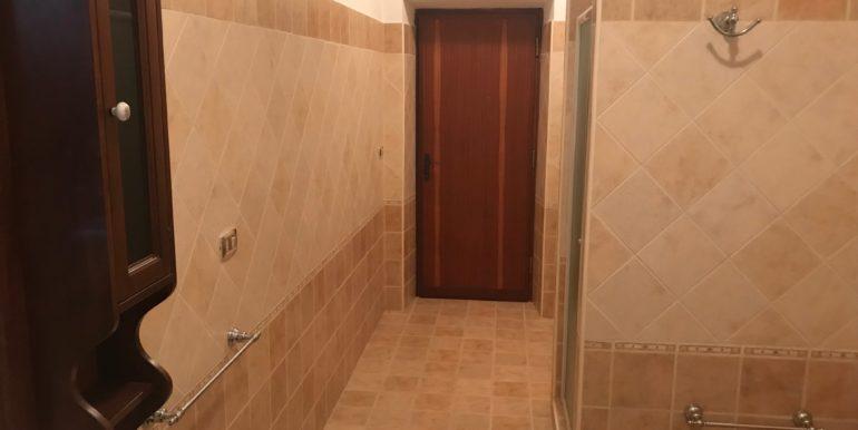 affittasi-stanze-uso-ufficio-via-morolense-supino-frosinone-lepinia-immobiliare-14