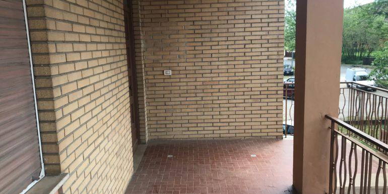 affittasi-stanze-uso-ufficio-via-morolense-supino-frosinone-lepinia-immobiliare-16