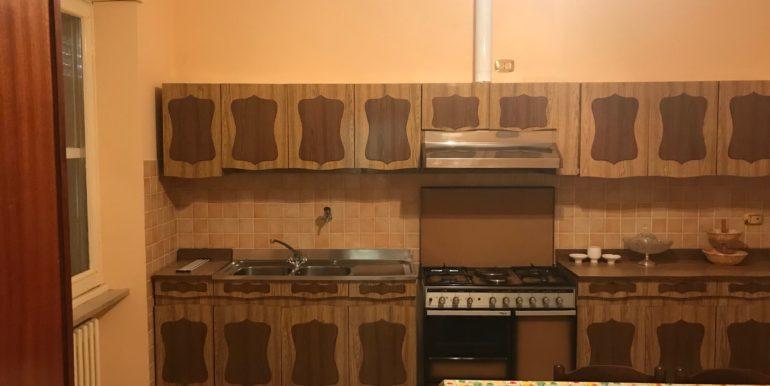 affittasi-stanze-uso-ufficio-via-morolense-supino-frosinone-lepinia-immobiliare-4