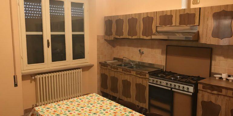 affittasi-stanze-uso-ufficio-via-morolense-supino-frosinone-lepinia-immobiliare-5