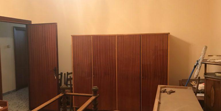 affittasi-stanze-uso-ufficio-via-morolense-supino-frosinone-lepinia-immobiliare-9