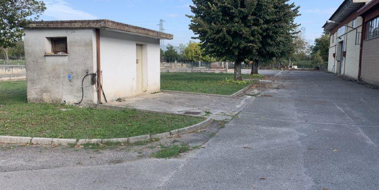 affittasi-capanone-commerciale-supino-frosinone-via-morolense-lepinia-immobiliare-69