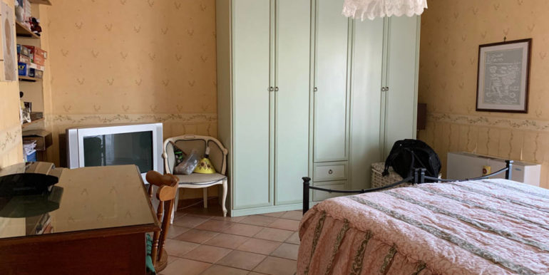 villa-con-terreno-e-magazzino-vendesi-supino-frosinone-lepinia-immobiliare-euro-250000-tel-0775226292-54