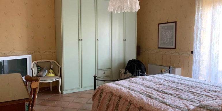 villa-con-terreno-e-magazzino-vendesi-supino-frosinone-lepinia-immobiliare-euro-250000-tel-0775226292-55
