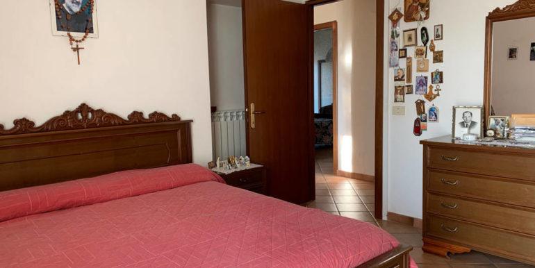 villa-con-terreno-e-magazzino-vendesi-supino-frosinone-lepinia-immobiliare-euro-250000-tel-0775226292-61