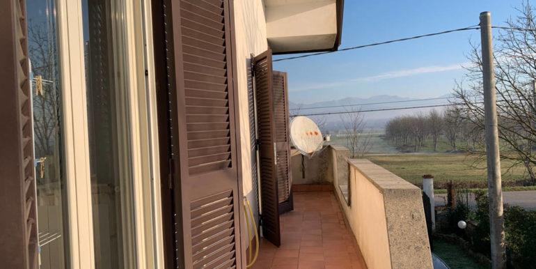 villa-con-terreno-e-magazzino-vendesi-supino-frosinone-lepinia-immobiliare-euro-250000-tel-0775226292-62