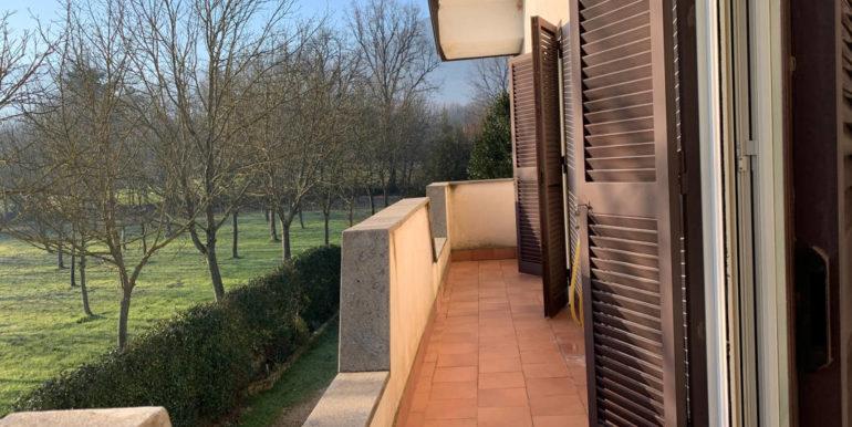 villa-con-terreno-e-magazzino-vendesi-supino-frosinone-lepinia-immobiliare-euro-250000-tel-0775226292-63