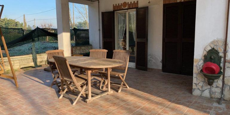 villa-con-terreno-e-magazzino-vendesi-supino-frosinone-lepinia-immobiliare-euro-250000-tel-0775226292-69