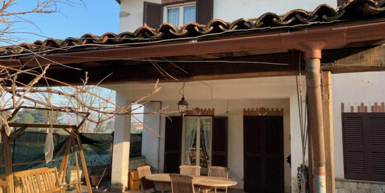 villa-con-terreno-e-magazzino-vendesi-supino-frosinone-lepinia-immobiliare-euro-250000-tel-0775226292-76
