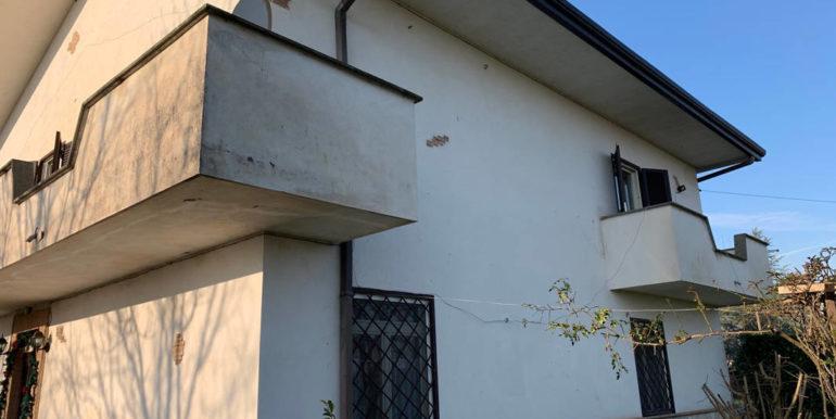 villa-con-terreno-e-magazzino-vendesi-supino-frosinone-lepinia-immobiliare-euro-250000-tel-0775226292-79