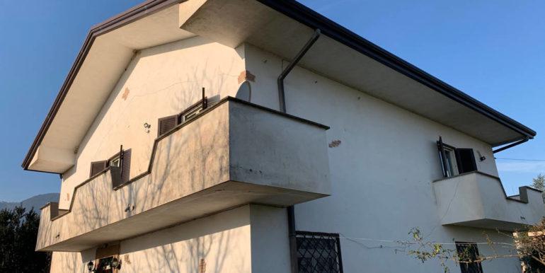villa-con-terreno-e-magazzino-vendesi-supino-frosinone-lepinia-immobiliare-euro-250000-tel-0775226292-80