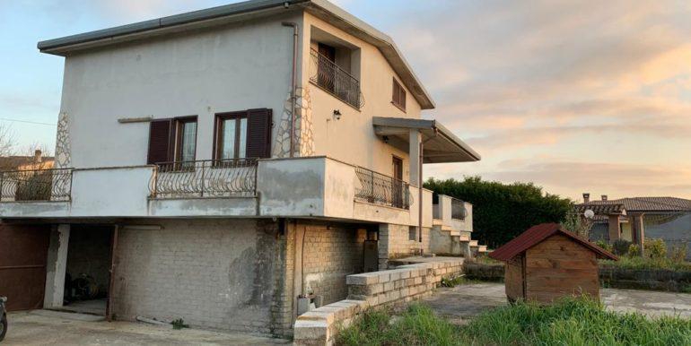casa-indipendente-villino-vendesi-paliano-170000-euro-lepinia-immobiliare-1