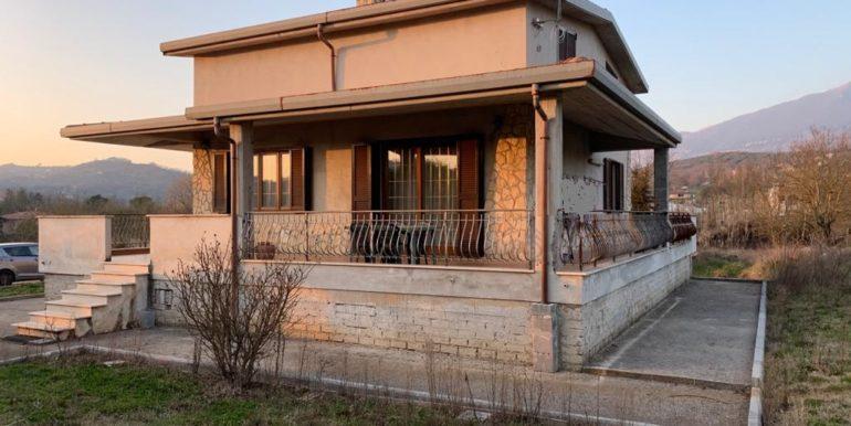 casa-indipendente-villino-vendesi-paliano-170000-euro-lepinia-immobiliare-12