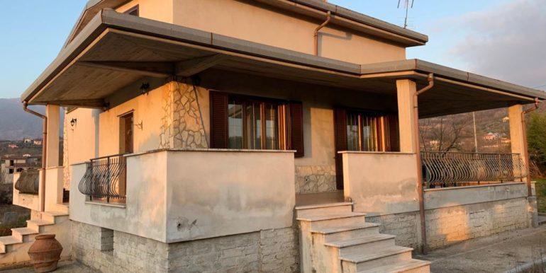 casa-indipendente-villino-vendesi-paliano-170000-euro-lepinia-immobiliare-14