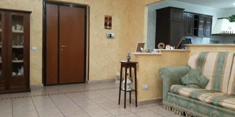 casa-indipendente-villino-vendesi-paliano-170000-euro-lepinia-immobiliare-36