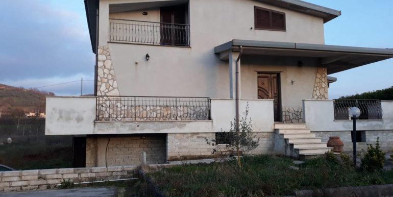 casa-indipendente-villino-vendesi-paliano-170000-euro-lepinia-immobiliare-47