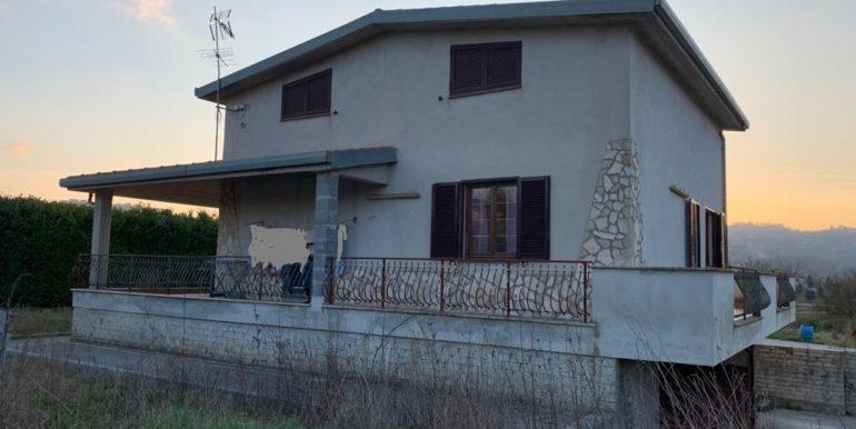 casa-indipendente-villino-vendesi-paliano-170000-euro-lepinia-immobiliare-6