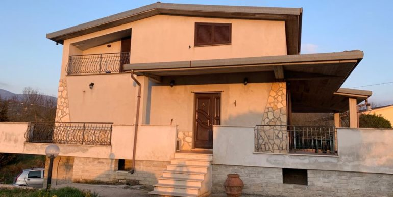 casa-indipendente-villino-vendesi-paliano-170000-euro-lepinia-immobiliare-7