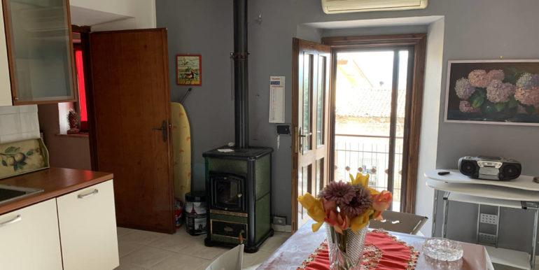 appartamento-indipendente-piazza-san-pietro-santuario-di-san-cataldo-supino-frosinone-lepinia-immobiliare-5