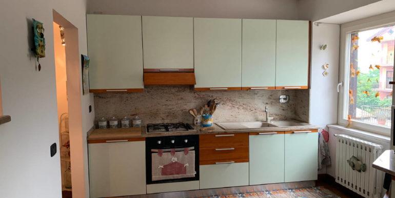 casa-indipendente-vendesi-supino-via-la-mola-lepinia-immobiliare-36