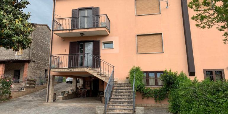 casa-indipendente-vendesi-supino-via-la-mola-lepinia-immobiliare-61